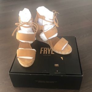 Frye Wedges Size 9